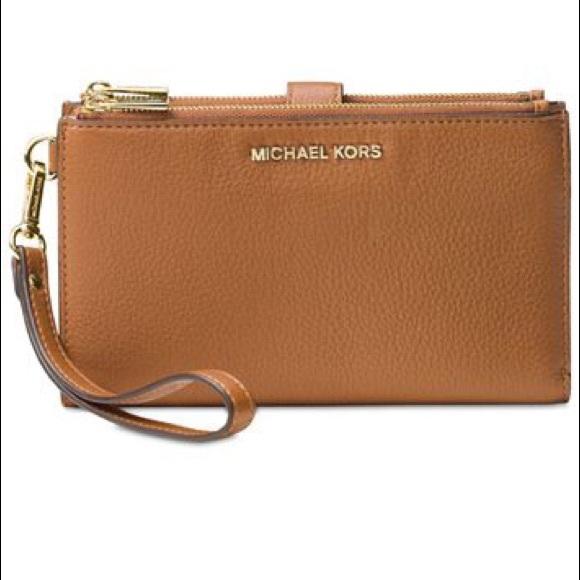 Michael Kors Double-Zip Pebble Leather Wristlet